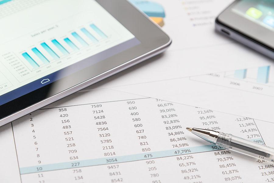 Analyzing-Reports-900px